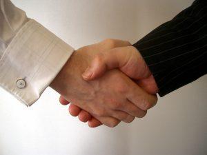 20080318183202_handshake1